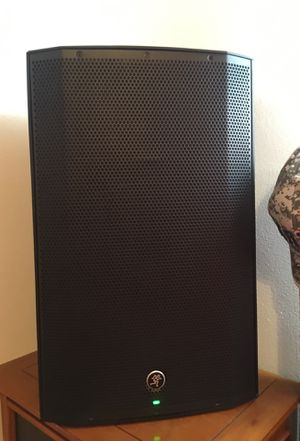 2x Mackie Thump 15 1300w Professional DJ/MC loudspeaker for Sale in North Olmsted, OH