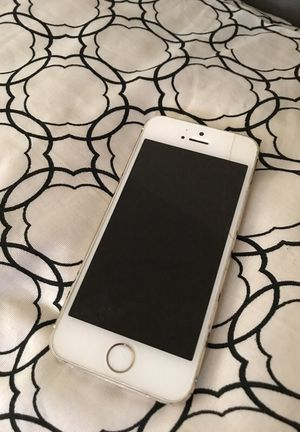 iPhone 5 for Sale in Detroit, MI