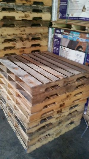 "Pallets $3 each 42""×45"" for Sale in Paterson, NJ"