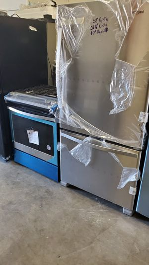 New Refrigerator Stove and MICROWAVE for Sale in Norwalk, CA