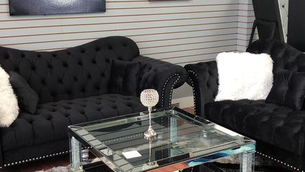 Black Tufted Glam Sofa & Loveseat Set for Sale in Newburgh Heights,  OH