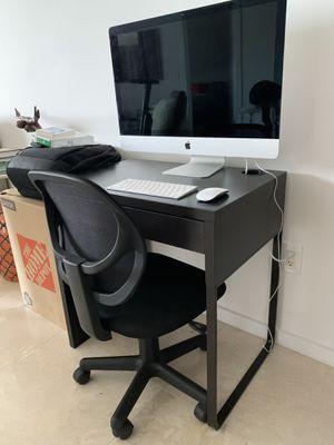 Desk - Small - $30 for Sale in Miami, FL