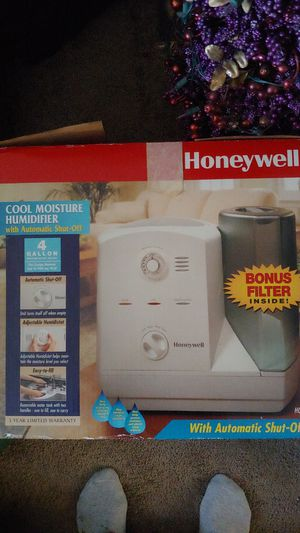 Humidifier made by Honeywell for Sale in Dracut, MA