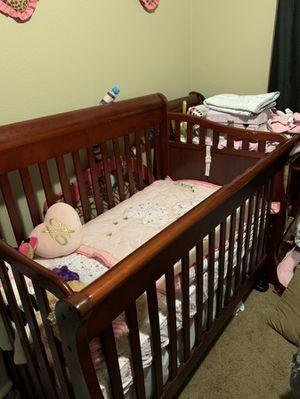 Baby Crib for Sale in Hesperia, CA