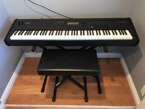 Yamaha S90 Music Synthesizer 88-weighted Keyboard for Sale in Los Angeles, CA