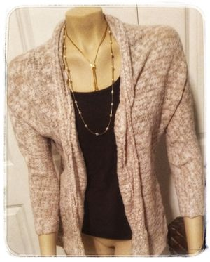 Old Navy nude and tan open front cardigan size medium for Sale in Cleveland, OH