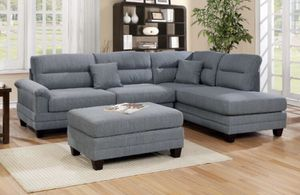"""Grey sectional sofa w/ ottoman reversible chaise 104""""x75"""" for Sale in Long Beach, CA"""