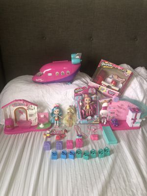 Shopkins and shoppies bundle for Sale in Los Angeles, CA