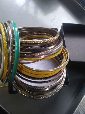 Bracelets - Bangle for Sale in Hialeah, FL