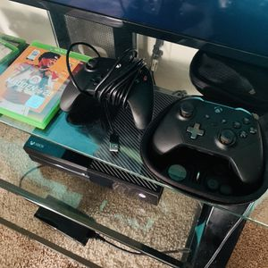Xbox One 500 GB for Sale in Tampa, FL