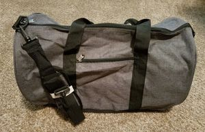 New without tags gray Duffle bag with zipper and shoulder Strap for Sale in Meridian, ID