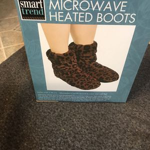 Microwave Heated Boots 🥾 for Sale in Corvallis, OR