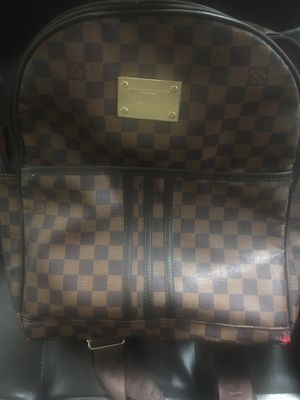 Louis Vuitton Inventeur for Sale in Raleigh, NC