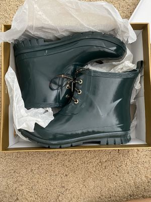 Green low rain boots for Sale in Issaquah, WA