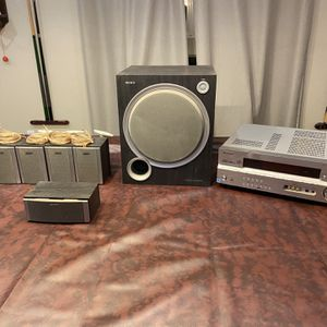 Sony 6.1 Surroind System with a Pioneer Audio/Vudeo Receiver for Sale in Lakeside, CA