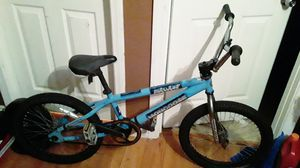 Bmx mongoose inch 20 for Sale in Santa Ana, CA