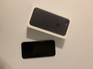 iPhone 7 32gb for Sale in Lynchburg, VA