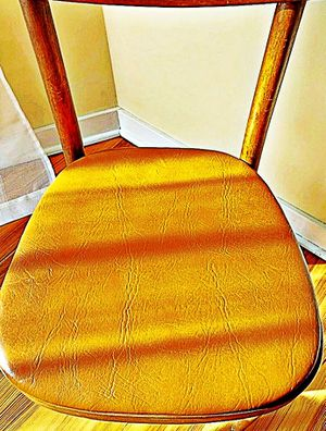 Wooden Shelby Williams Industries MCM chairs (4) with leather seat cushion. for Sale in Sparks Glencoe, MD