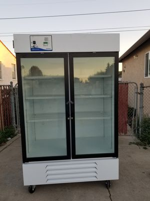 Two doors commercial refrigerator for Sale in San Lorenzo, CA