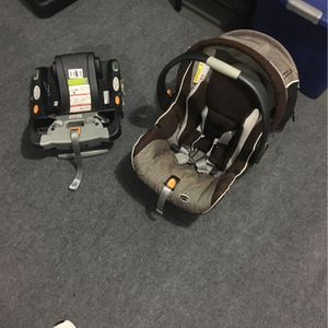 Chicco KeyFit 30 for Sale in Edison, NJ