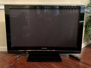 "42"" Plasma HD TV Panasonic VIERA for Sale in Arlington, TX"