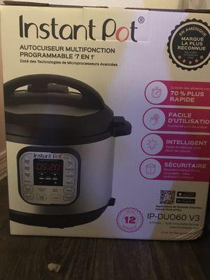 Instant pot programable pressure cook 6QT for Sale in Plant City, FL
