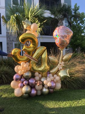 Balloons bouquet for Sale in Orlando, FL