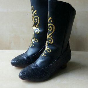 Disney Anna Costume Boots Size 11/12 for Sale in Queens, NY