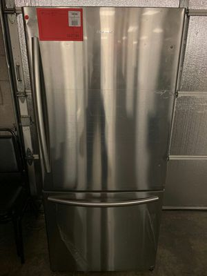 Brand New Hisense Bottom Freezer Refrigerator 1 Year Manufacture Warranty Included for Sale in Chandler, AZ