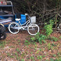 Women's Huffy Bicycle-New for Sale in Port Charlotte,  FL