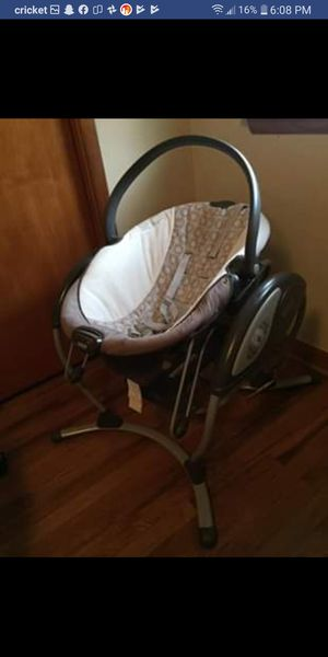Graco Dream Glider - Abbington for Sale in Greenville, OH