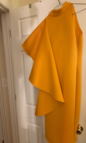 Yellow special occasion dress for Sale in Chesterfield, NJ