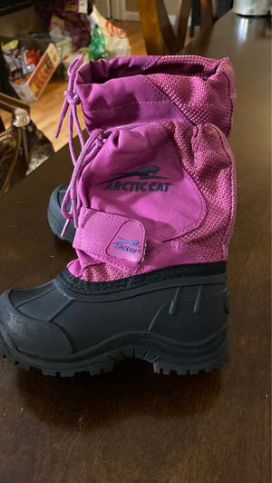 Arctic Cat Girl Toddler size 8 snow boots for Sale in Carson, CA