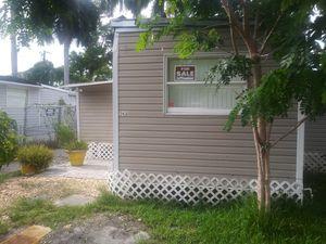 Mobile home 4/2 for Sale in North Miami Beach, FL