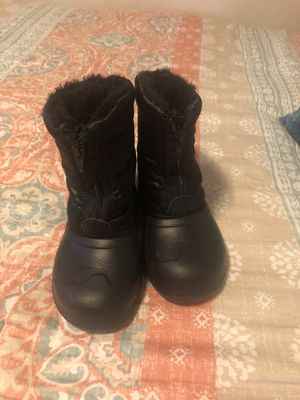 Kids size 10 snow boots for Sale in Gilbert, AZ