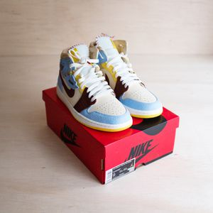Jordan 1 Mid SE FEARLESS MAISON CHATEAU SIZE 9 for Sale in Bothell, WA