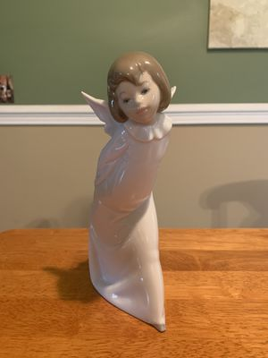 Lladro Curious Angel for Sale in Canton, OH