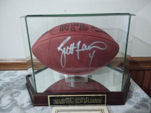 Brett favre autograph football and starting line up for Sale in Andover, MN