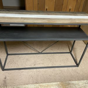 Console And Low Console/coffee Tables for Sale in Milwaukie, OR