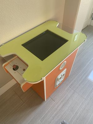 80's Arcade Game- 60 games roughly. Pac man, dig dug, donkey kong etc , for Sale in Las Vegas, NV