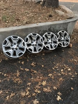 Jeep wrangler wheels 17x7.5 for Sale in Running Springs, CA