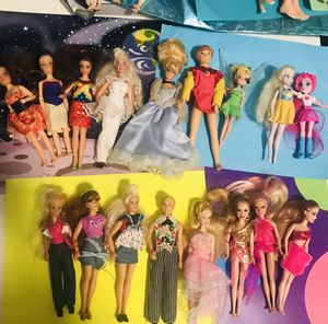"""Big Lot Of small dolls 5"""" tall Barbie and Mattel for Sale in Garland, TX"""
