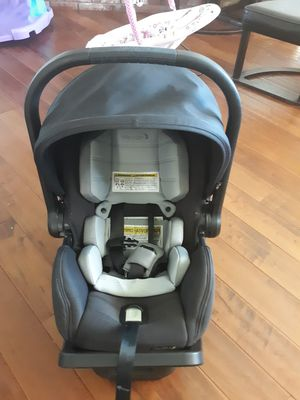 Baby Jogger Car Seat for Sale in Oak Glen, CA