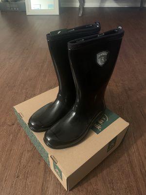 Rain Boots, Kamik Brand from DSW for Sale in Denton, TX