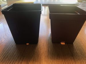 "Nursery pot set, 18 pots, 3.25""square +1 carrying tray.Used for Sale in Aspen Hill, MD"