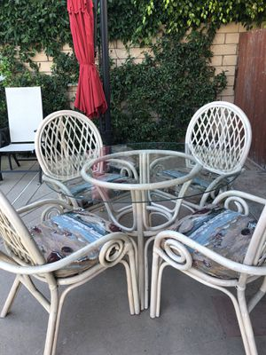 "46"" Round Glass Patio Dinning Table with 4 Chairs for Sale in Huntington Beach, CA"
