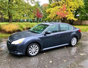 2010 Subaru legacy AWD for Sale in Parma, OH