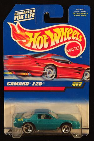 Hot Wheels Camaro Z28 Rare No Country On Base • 1997 Collector #822 • Green with 3 Spokes for Sale in Keller, TX