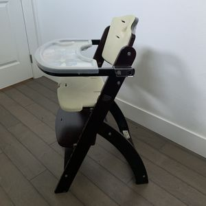 Abiie Beyond Wooden High Chair with Tray for Sale in Stanwood, WA