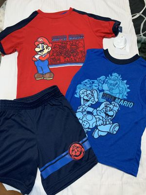Mario set kids clothing size 4 for Sale in Kissimmee, FL